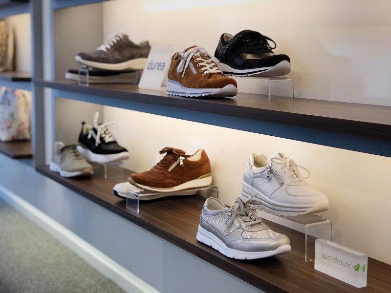 goede schoenen voor reuma of artrose - wat zijn reumatische schoenen - schoenen voor mensen met artrose